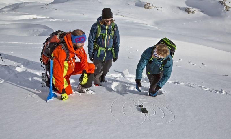 Klettersteigset Leihen Garmisch : Das winterprogramm der alpinschule garmisch es sind noch plätze frei