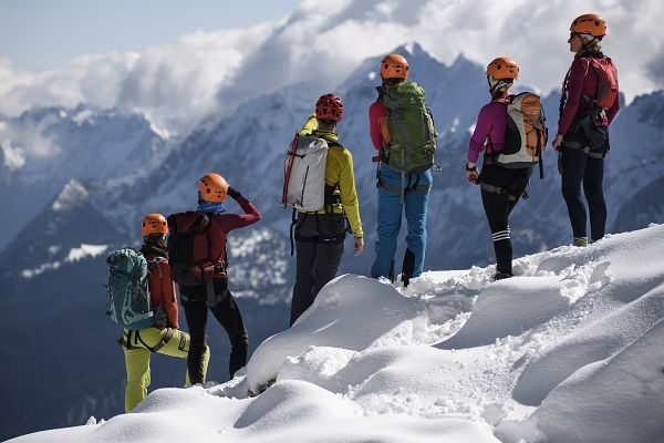Klettersteigset Verleih Garmisch : Das winterprogramm der alpinschule garmisch es sind noch plätze frei