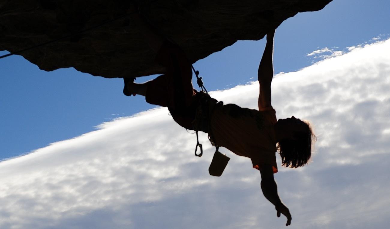 Kletterausrüstung Prüfen : Alpinsport basis der shop von alpinisten für alpinisten!
